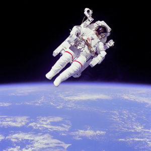 480px-Astronaut-EVA